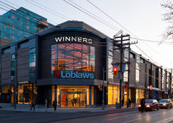 Shoppes On Queen West: